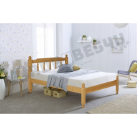 Colonial Spindle Wooden Bed